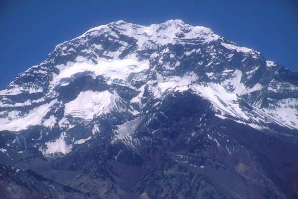Informes Sobre:El Aconcagua,Los Himalayas,La Cordillera...